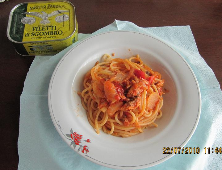 Spaghetti gustosi con filetti di sgrombro di Francesca Costa Bano