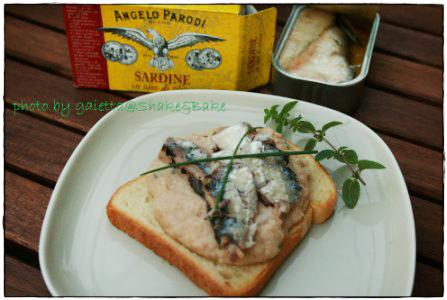 Toast con sardine e crema al tonno di Gaietta