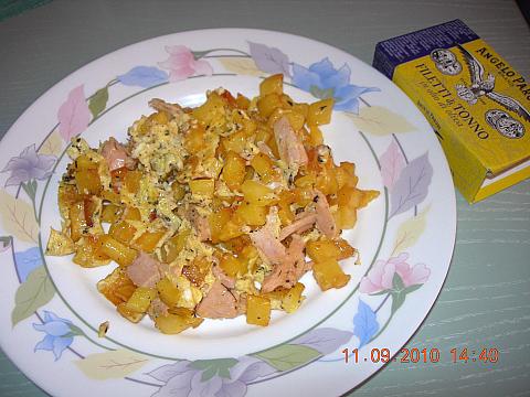 Frittata di patate e tonno aromatica di Ivana