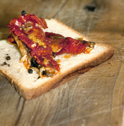 Toast con sardine Angelo Parodi