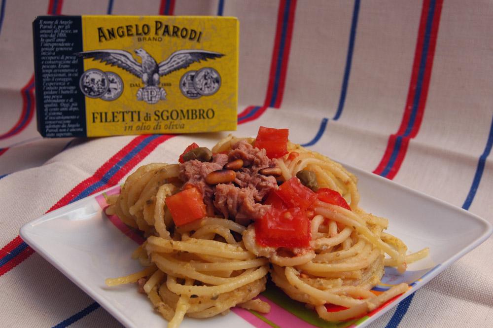 Vermicelli al Pesto di Uovo e Sgombro di Chiara, lapentolinarosa.wordpress.com