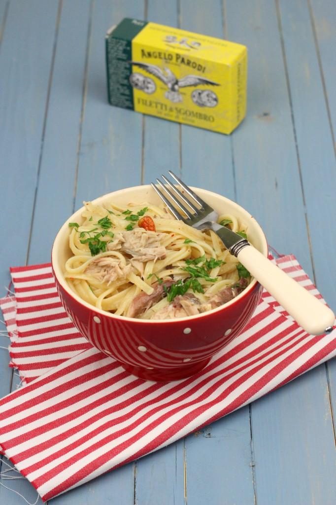 Food blogger del mese: Linguine aglio, olio, peperoncino, zenzero e sgombro by Claudia