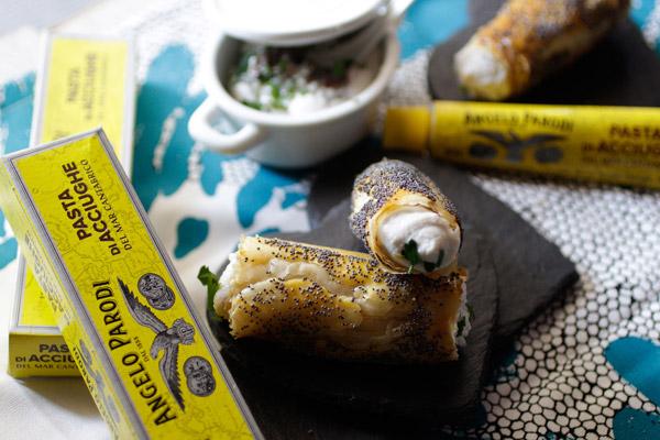 Cannoli di Pasta phyllo con mousse di pasta di acciughe