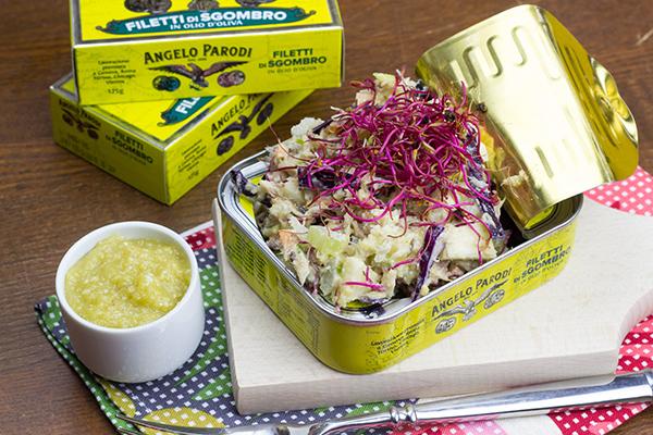 Insalata croccante con salsa agli anacardi