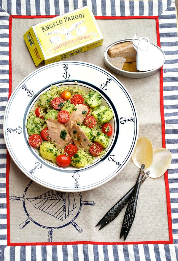 Insalata di cous cous con patate novelle al prezzemolo e ventresca di tonno