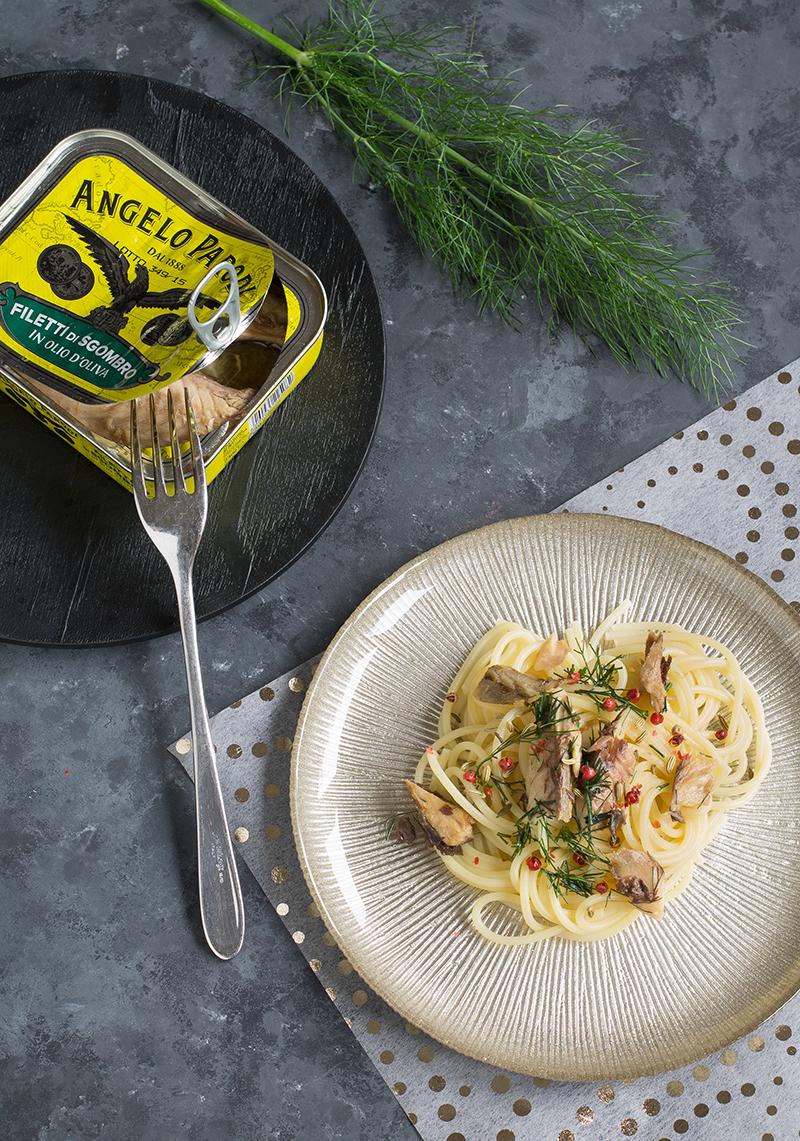 Spaghetti con filetti di sgombro Angelo Parodi e finocchietto