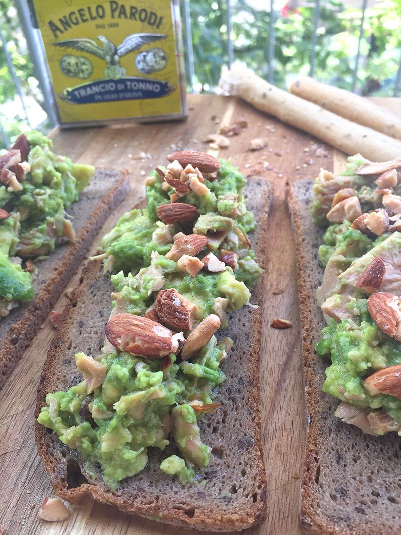Avocado Tuna snack con Trancio di Tonno Angelo Parodi