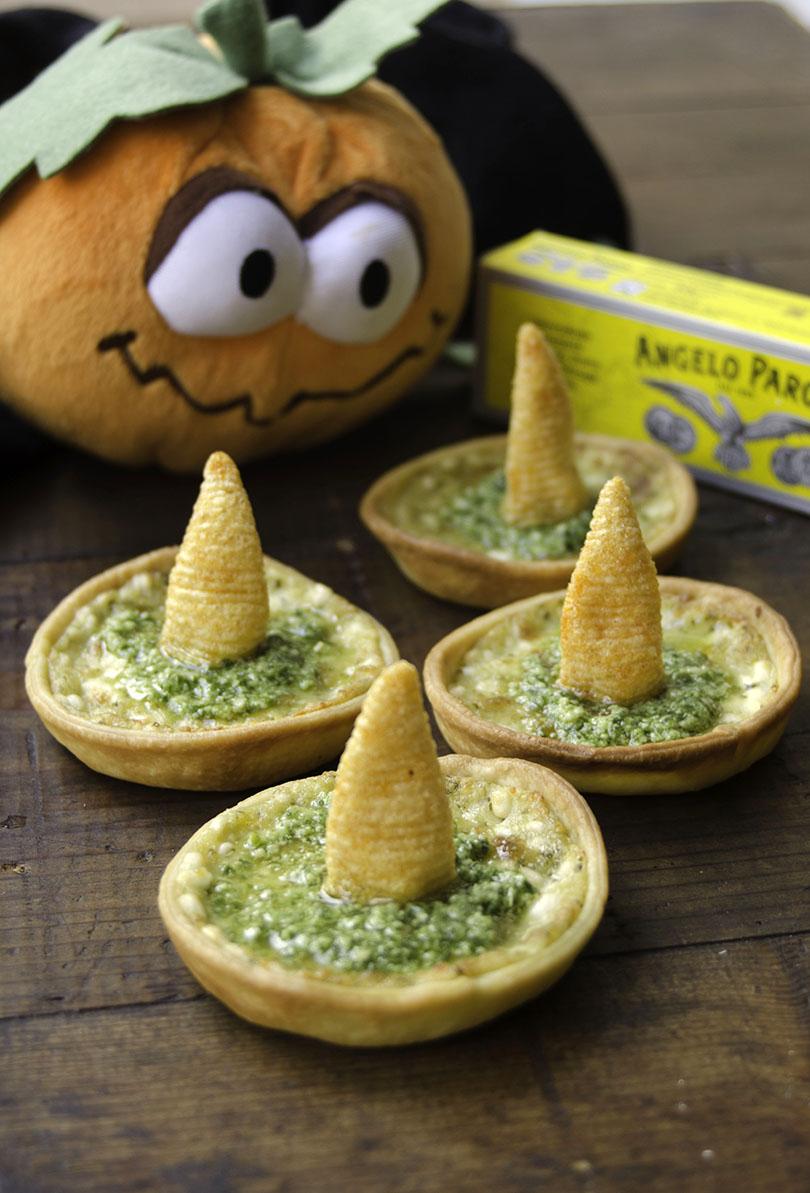 Il Cappellino del Mago Merlino con Pasta di acciughe Angelo Parodi